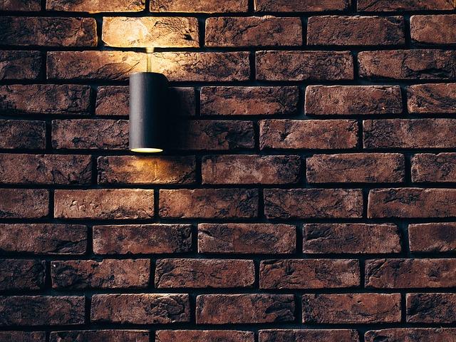 Ako sa postarať o tehlové steny