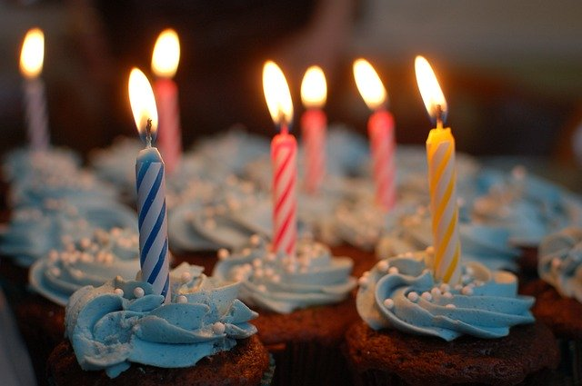 sviečky na torte.jpg