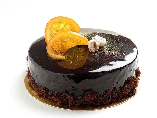 slávnostná torta.jpg