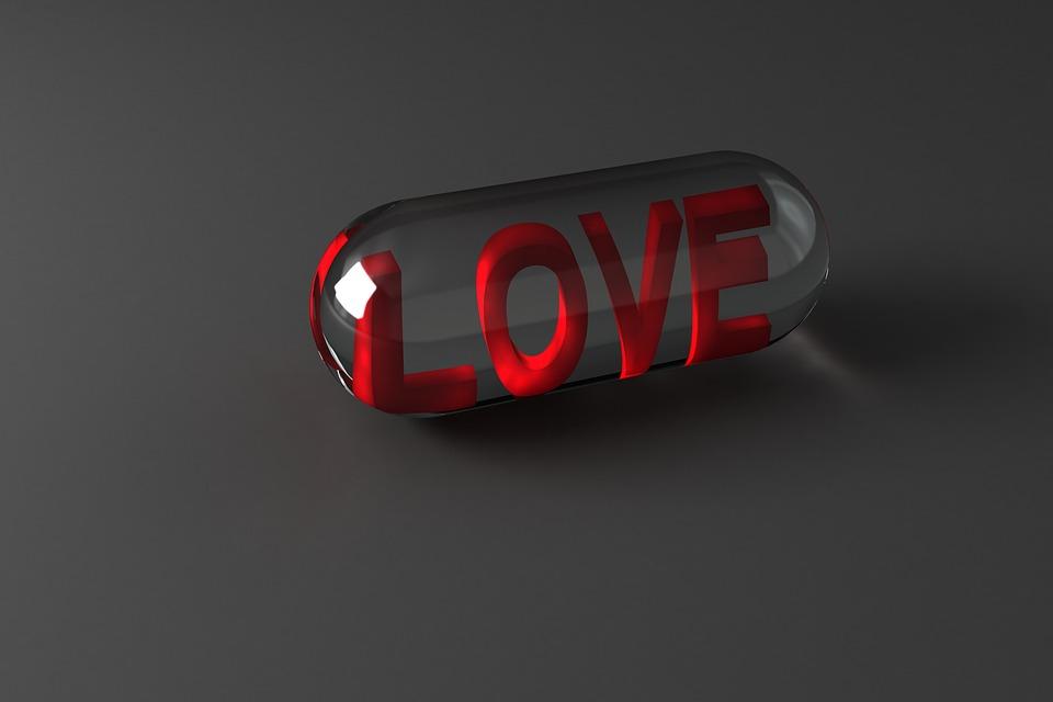 kapsula, tableta. love